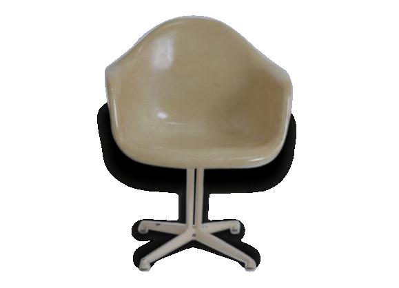 Eames fauteuil achat vente de eames pas cher for Fauteuil de charles eames