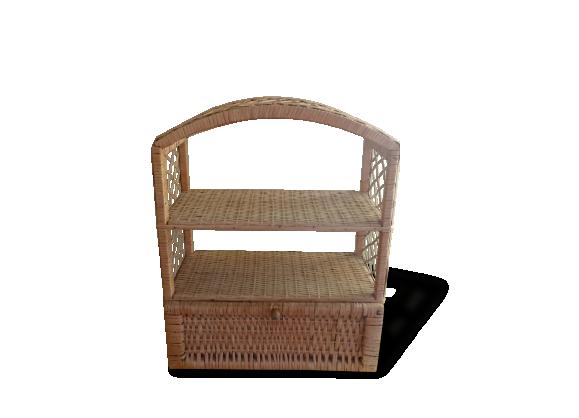 etag re en rotin et osier tress le fait main. Black Bedroom Furniture Sets. Home Design Ideas