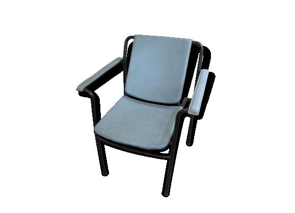 fauteuils cuir vintage. Black Bedroom Furniture Sets. Home Design Ideas
