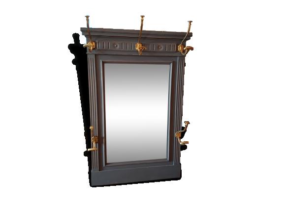 Porte manteau miroir for Porte manteau vestiaire