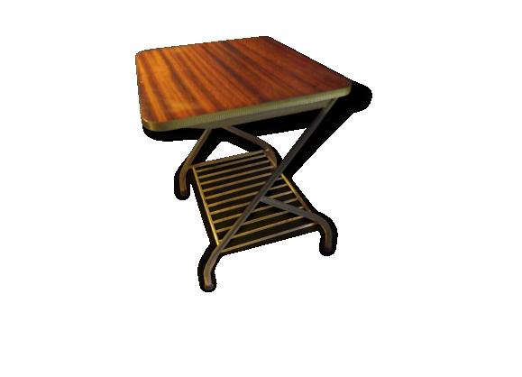 table basse porte. Black Bedroom Furniture Sets. Home Design Ideas
