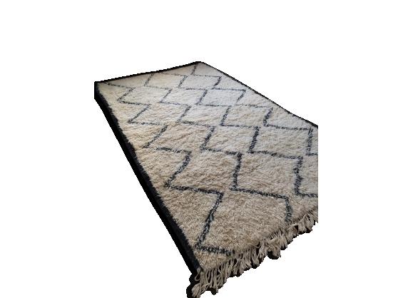 tapis peau achat vente de tapis pas cher. Black Bedroom Furniture Sets. Home Design Ideas