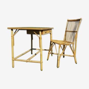 Bureau et chaise en rotin