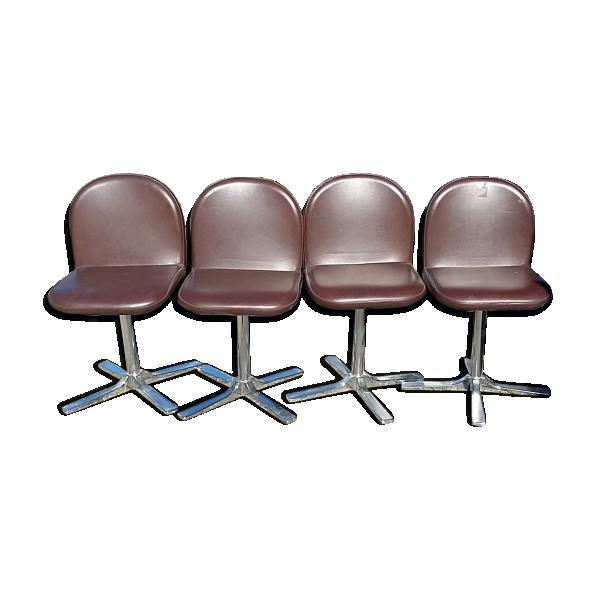 S rie de chaises des ann es 70 pivotante en simili cuir for Chaise annee 70 occasion