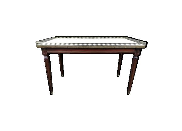 Table basse style Louis XVI en acajou et marbre