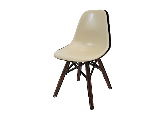 Chaise DSW par Charles & Ray Eames édition Vitra 1970