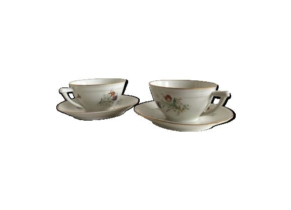 Duo de tasses en porcelaine de Limoges blanches à fleurs