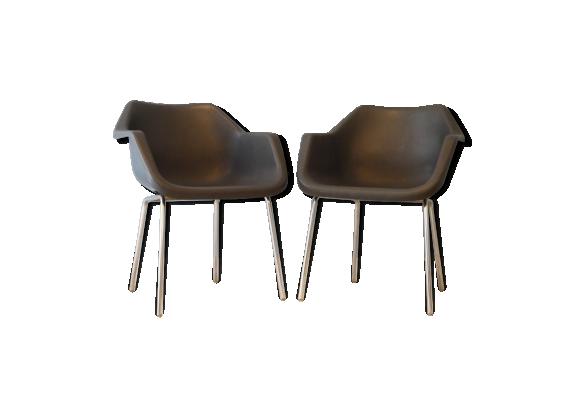 chaise vintage design robin day plastique noir bon tat design. Black Bedroom Furniture Sets. Home Design Ideas