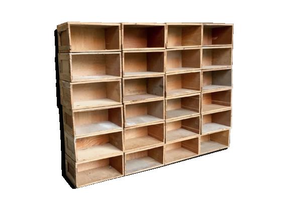 lot de 40 caisses en bois transport vin fruit bois mat riau bois couleur bon tat. Black Bedroom Furniture Sets. Home Design Ideas