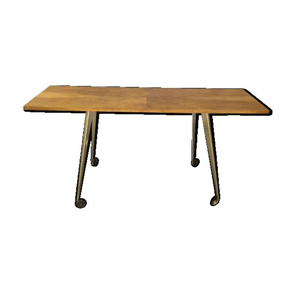 Table console vintage pieds compas m tal et roulettes for Table de 8 et 9