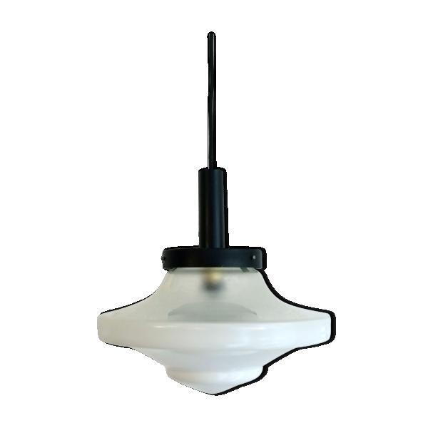 suspension abat jour globe en verre blanc forme toupie. Black Bedroom Furniture Sets. Home Design Ideas