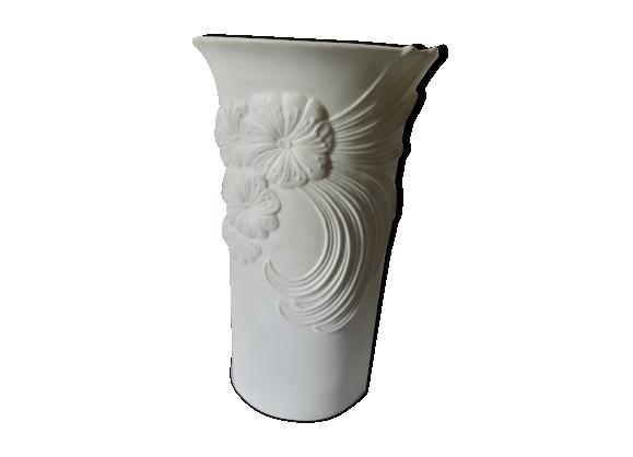 Vase en porcelaine kaiser numérote