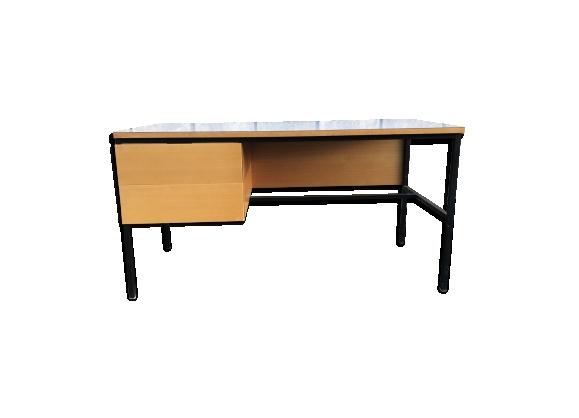 meuble moderniste achat vente de meuble pas cher. Black Bedroom Furniture Sets. Home Design Ideas