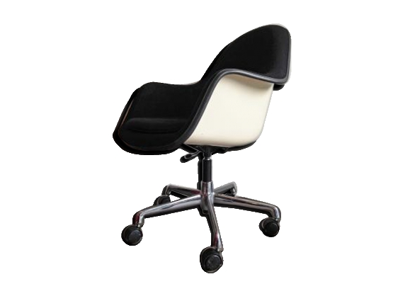 Chair by Charles & Ray Eames for Herman Miller