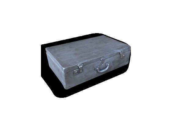 Ancienne valise en métal