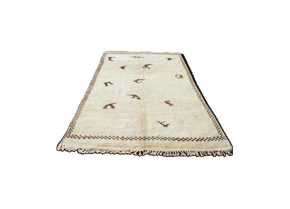 tapis marocain beni ouarain berb re 325x195 cm tissu blanc bon tat thnique. Black Bedroom Furniture Sets. Home Design Ideas