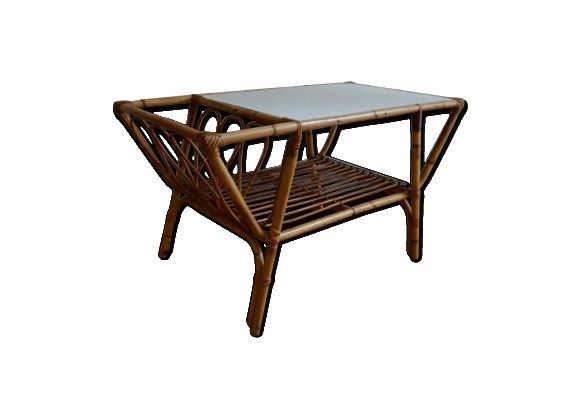 Table basse porte revue en rotin ann es 60 le fait main for Table basse en rotin