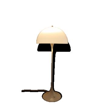 Lampadaire Panthella Louis Poulsen design V. Panton