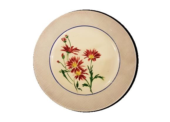 Service assiettes en faïence à décor de fleurs
