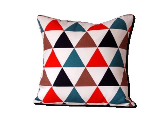 motifs et couleurs vives pour la nouvelle collection d 39 ikea. Black Bedroom Furniture Sets. Home Design Ideas