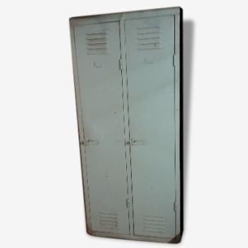 Armoire metal deux vestiaires