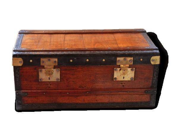 Petit coffre en bois et métal, fin xixe / début xxe siècle
