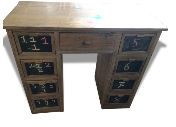 bureau enfant bois mat riau bois couleur dans son jus classique 152268. Black Bedroom Furniture Sets. Home Design Ideas