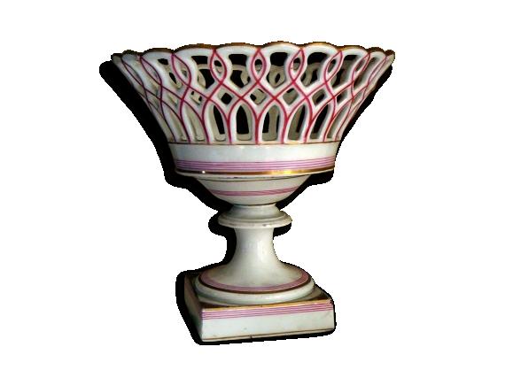 Coupe ajourée ancienne porcelaine bicolore (réparation)