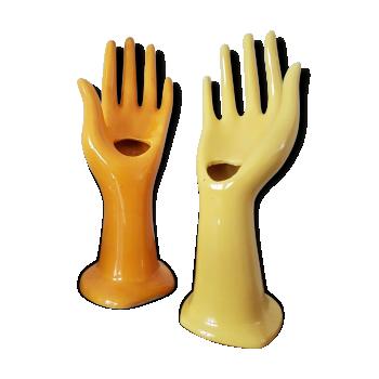 Lot de deux mains soliflore