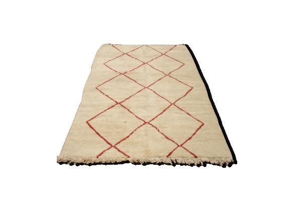tapis beni ouarain 250 x 150 cm losanges rouges tissu blanc bon tat vintage. Black Bedroom Furniture Sets. Home Design Ideas