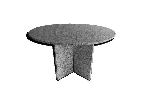 Table ronde en granit Suisse design 1980