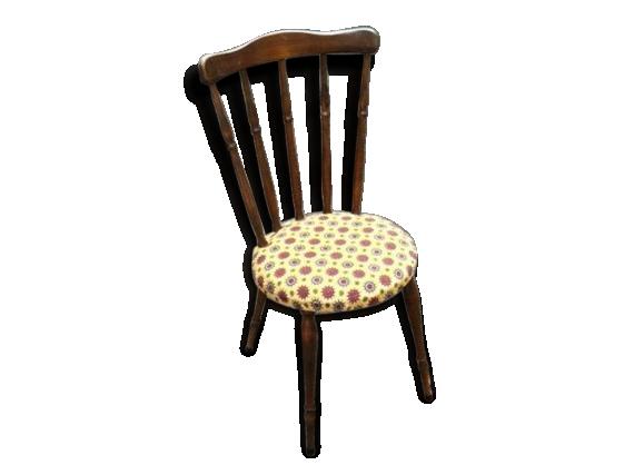 Petite chaise ensoleillée des sixties