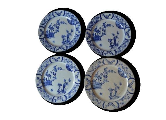 Lot de quatres belles assiettes en faïence blanche et bleue modèle Japon de Creil-Montereau