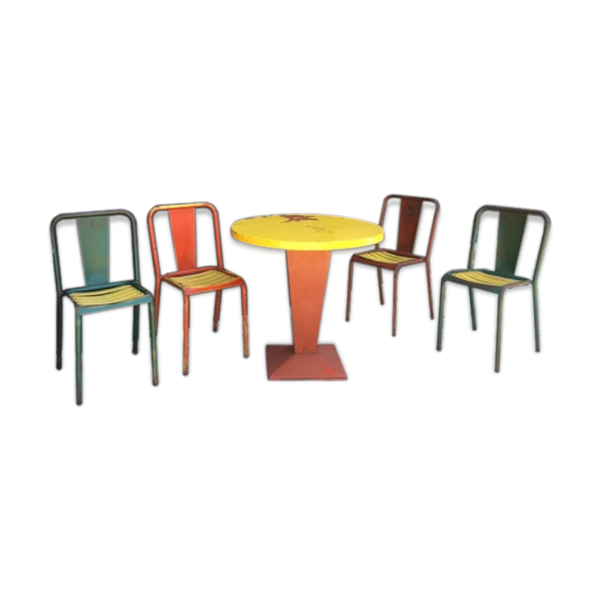 Ensemble table kub xavier pauchard tolix et 4 chaises t4 for Ensemble table et chaise transparent