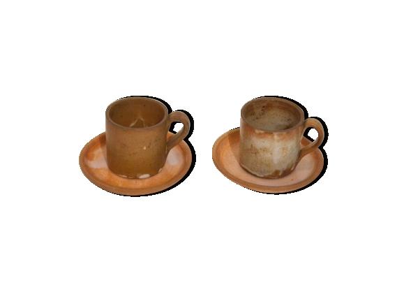 Paires de tasses et soucoupes en grès