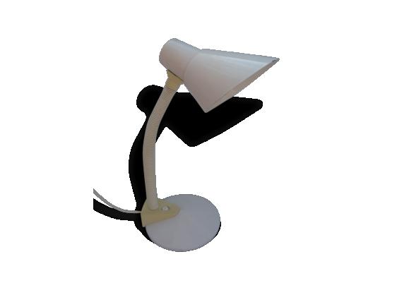 lampe blanche achat vente de lampe pas cher. Black Bedroom Furniture Sets. Home Design Ideas