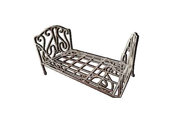 lit fer forg. Black Bedroom Furniture Sets. Home Design Ideas