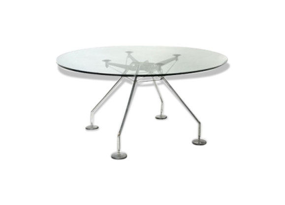 Table nomos norman foster verre et cristal transparent for Salle a manger foster