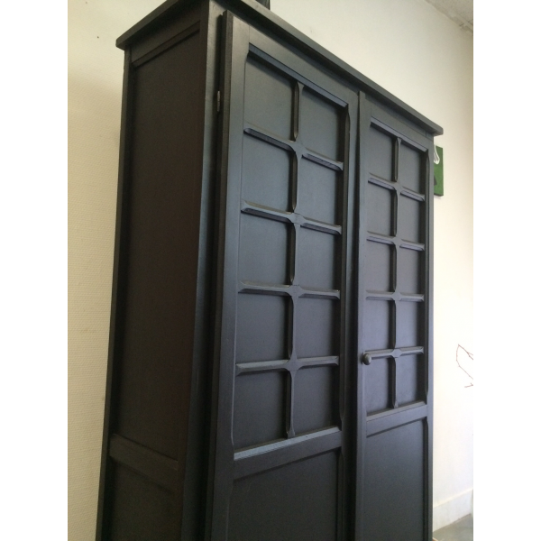 armoire parisienne a vendre. Black Bedroom Furniture Sets. Home Design Ideas
