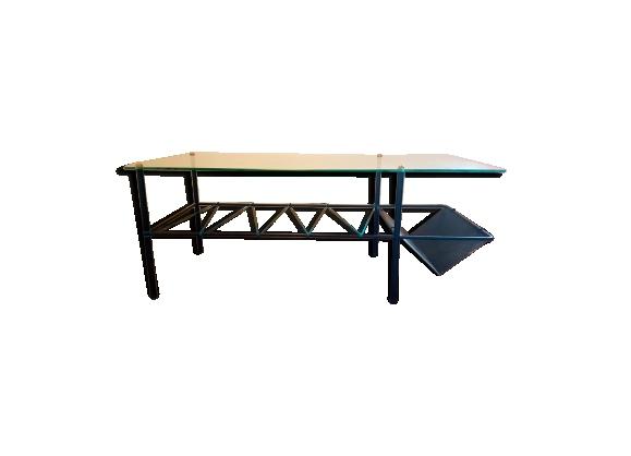 Table basse en verre avec porte revue