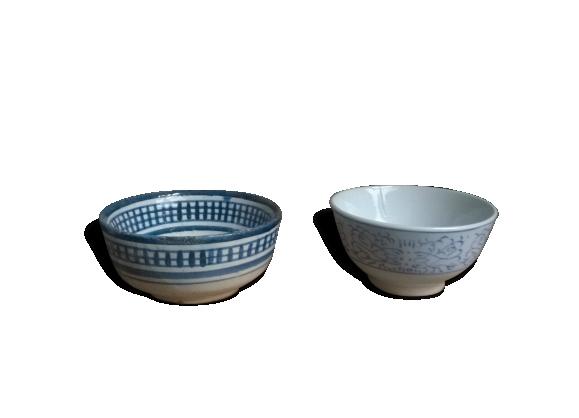 Duo de bols anciens dépareillés