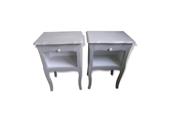 tables de chevet anciennes vintage shabby patin es. Black Bedroom Furniture Sets. Home Design Ideas