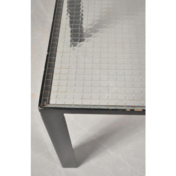 petite table basse noire avec le plateau en verre 1960s m tal transparent bon tat. Black Bedroom Furniture Sets. Home Design Ideas