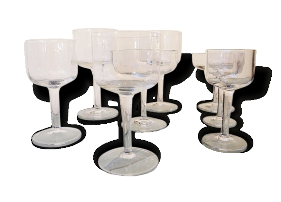 service de 32 verres pied en cristal le fait main. Black Bedroom Furniture Sets. Home Design Ideas