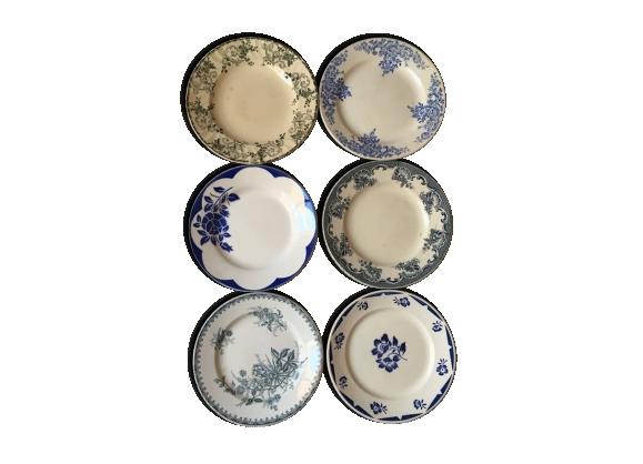 Six assiettes anciennes fleuries en vert et bleu