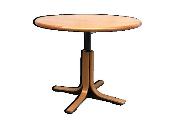Table ronde design en bois et metal