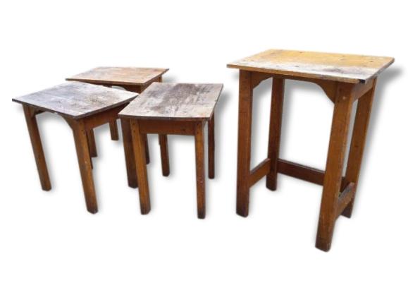 Tables décole bois lot ,pour dessertes ou tables dappoints  bois (