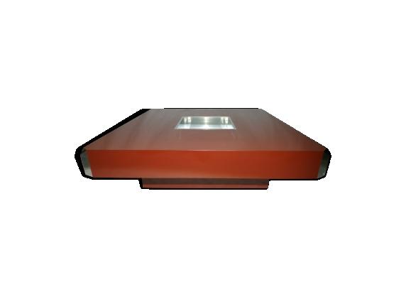 Table basse modèle 'Alveo'