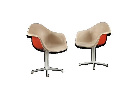 Paire de fauteuils La Fonda de Charles et Ray Eames