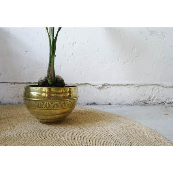 grand cache pot laiton laiton dor dans son jus vintage 132327. Black Bedroom Furniture Sets. Home Design Ideas